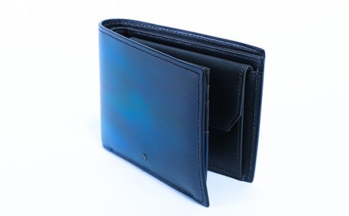 YPM137二つ折り財布