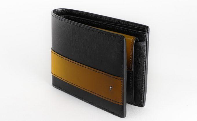 YAL132二つ折り財布
