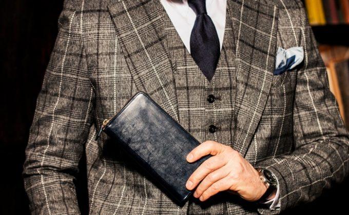 スーツに入るコンパクトサイズ