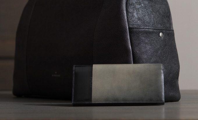 ルチェ エ オンブラ長財布のサイズ
