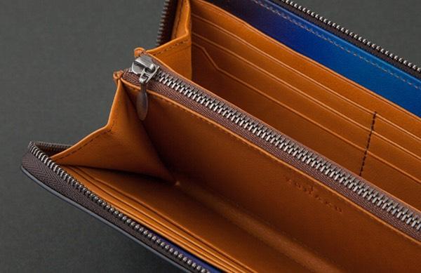 カード専用ポケットとフリーポケット