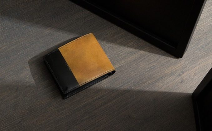YUHAKUルチェ エ オンブラシリーズ二つ折り財布