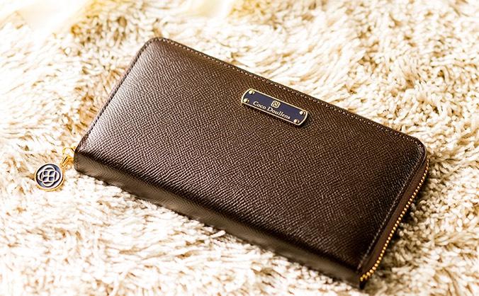 イリーナシリーズの財布