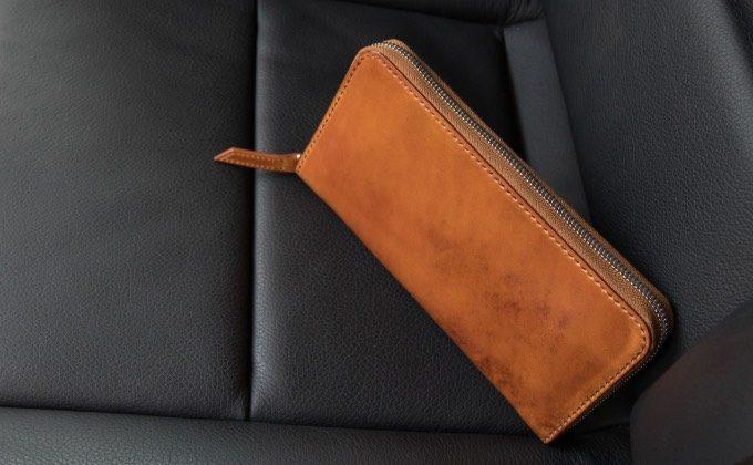 無二のコードバンシリーズの財布