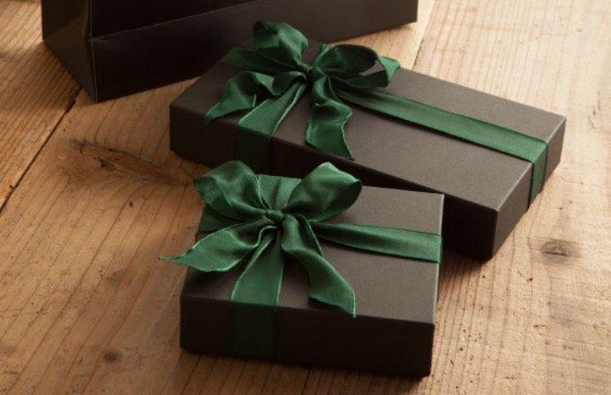 リボンラッピングプレゼント包装