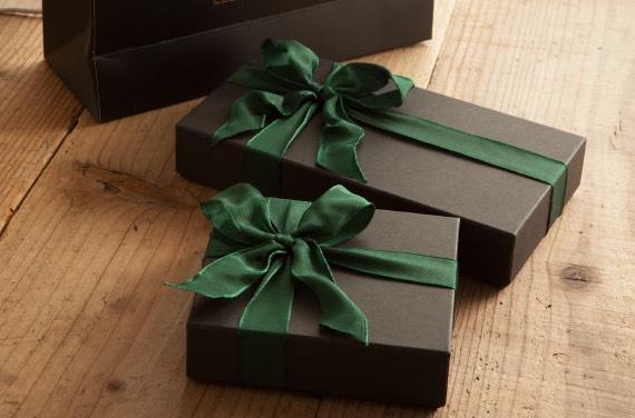 アヤメアンティーコのプレゼント用ラッピング