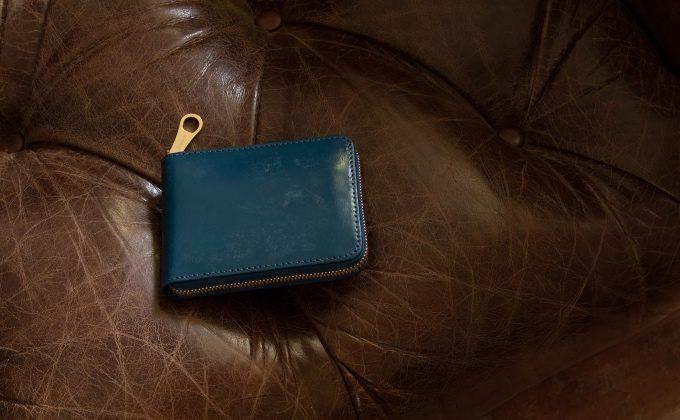 ブライドルラウンドジップ二つ折り財布