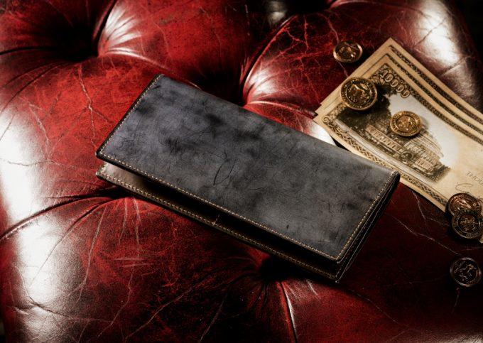 コードバンクラシックの財布(クラシックブラック)