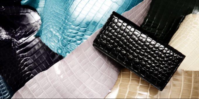 池田工芸のクロコダイル革財布