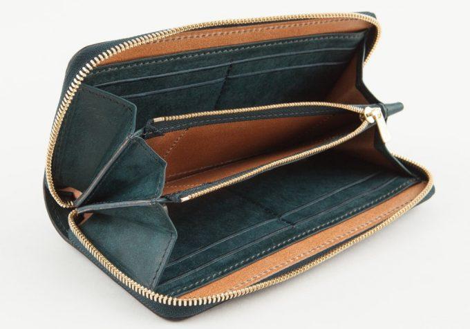 プエブロラウンドジップ長財布の内装のポケット