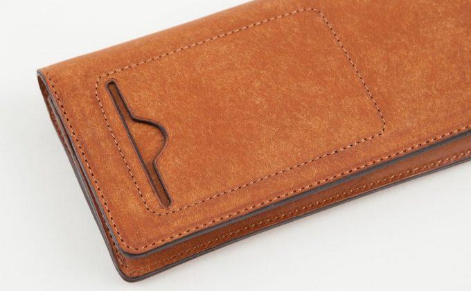 カードが入る外装のカードポケット