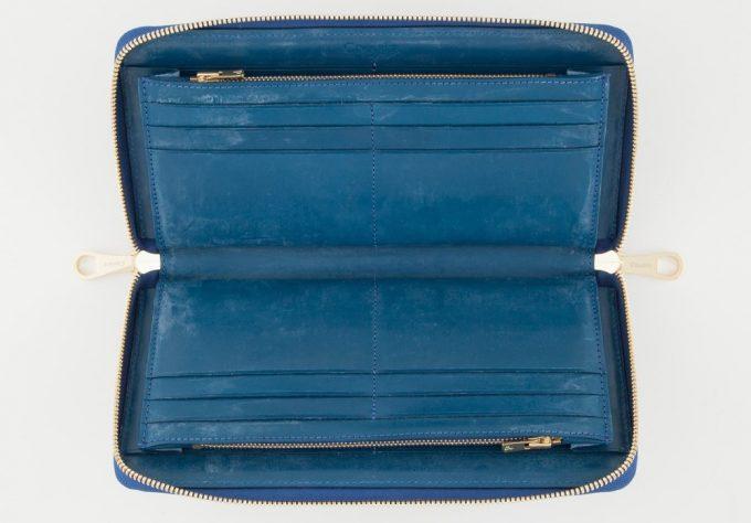 ブライドルトラベルラウンドジップ長財布の内装収納部
