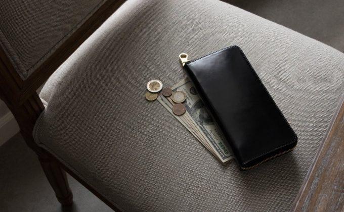 アニリン染めコードバンラウンドジップ長財布(ブラック)