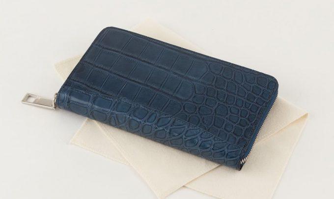 専用クロス付きのレザックのクロコダイル革財布