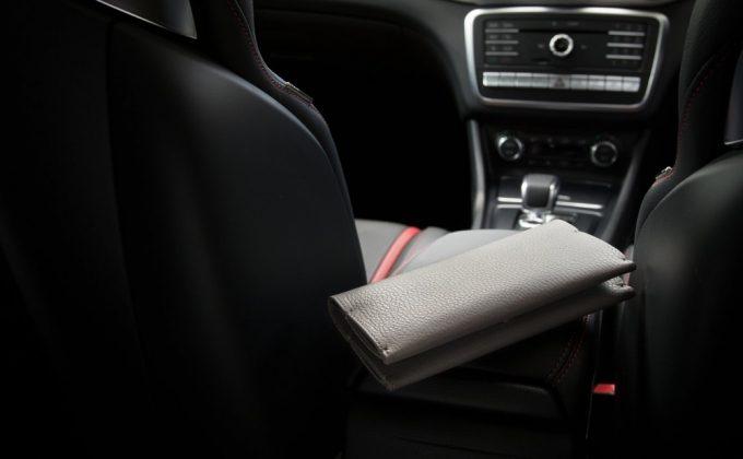 長く使用出来て職人のハンドメイド財布のアドリアレザー長財布