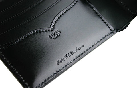 価格が安く優秀なキプリスのコードバンの財布