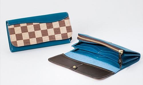 ヴァーコのREAL WOOD ICHIの財布(ブルー)