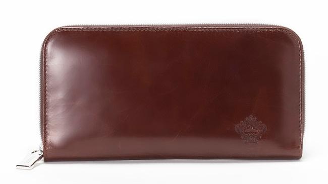 経年変化が味わえる光沢レザーシリーズの財布