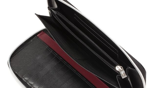 ラウンドジップ長財布INDOTTO-F01の札入れ部と小銭入れ部