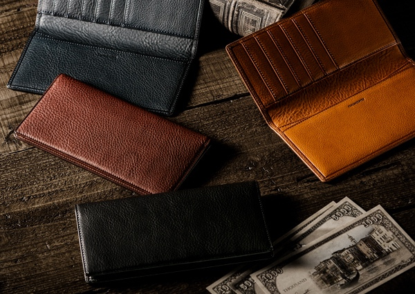 キャッシュレス社会にぴったりな小銭入れ無し長財布