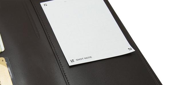 メモできる長財布のメモ部