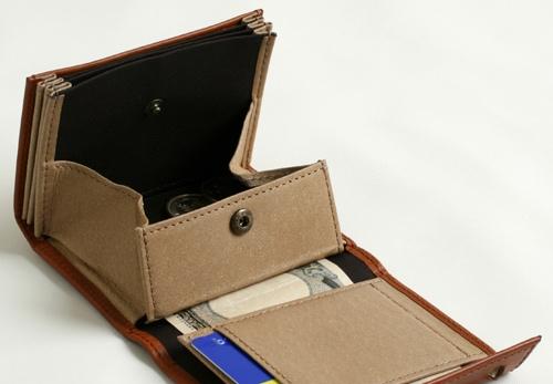 エムピウのボックス型小銭入れ