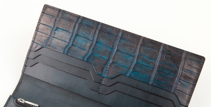 ナイルクロコダイル手染めロングウォレットの内装