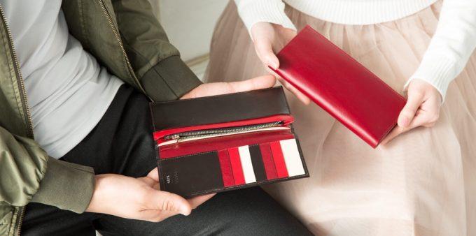 男女で同じ財布を持っている