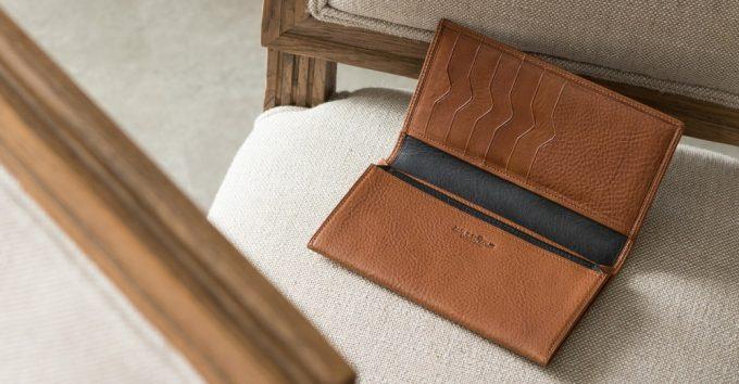 ディアレストのカブセ長財布