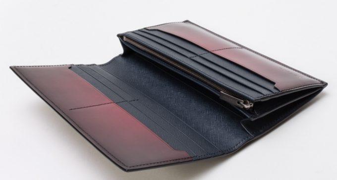 YVP116長財布の収納ポケット