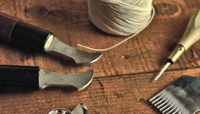 クレバレスコの職人が使う手縫い用の道具