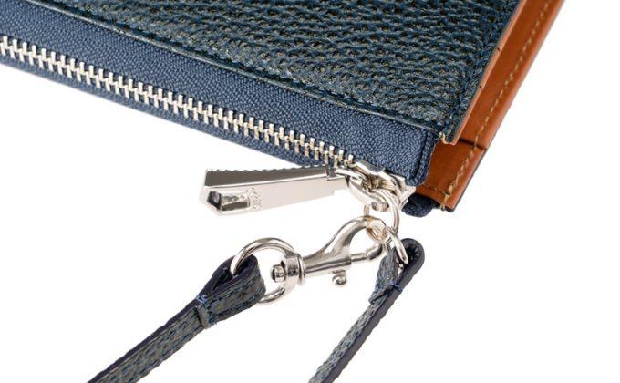 ミドル財布モバイルウォレットのファスナー部