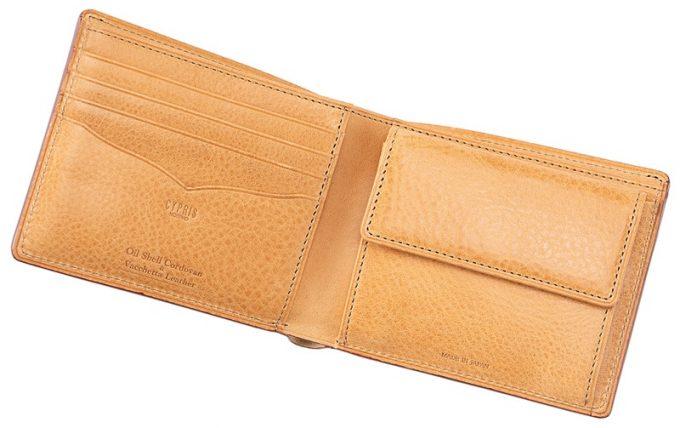 二つ折り財布オイルシェルコードバン&ヴァケッタレザーの収納ポケット