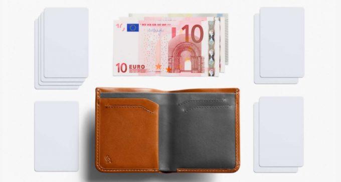ベルロイ製の小銭入れ無し二つ折り財布