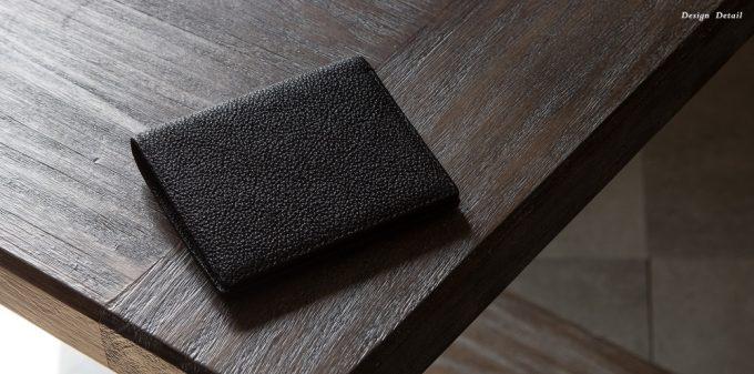 二つ折り財布(黒桟革)
