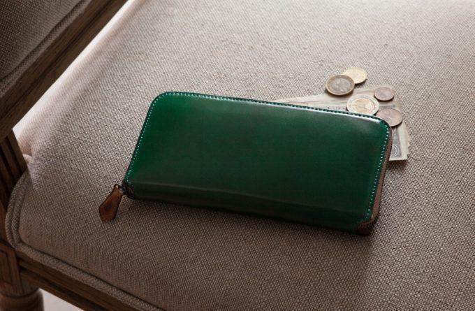 ペッペルコルム(peppercorn)・コードバンラウンドジップ長財布&ブライドルラウンドジップ長財布