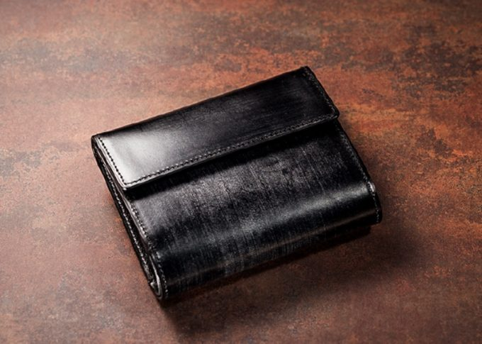おすすめの三つ折り財布ジョージブライドル・ロベルトパース