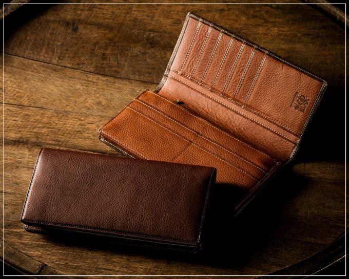 マルティーニシリーズの革財布
