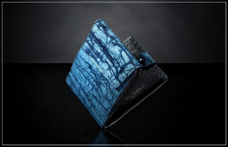 ジュンヤワラシナ・スクモレザーロウ割れ二つ折り財布(外装縦入れ小銭入れ付き)