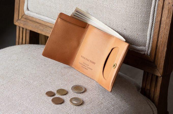 WINS FACTORY(ウインズファクトリー)の革財布