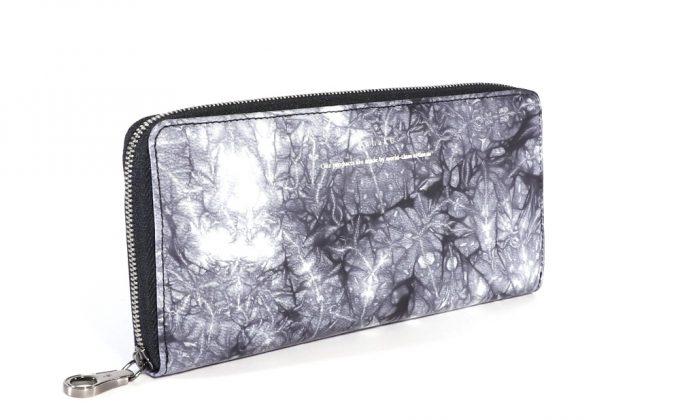 yuhakuのShiboriシリーズの鹿革財布