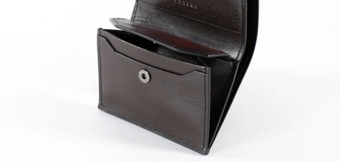 YEV191三つ折りコンパクトウォレットの小銭入れ