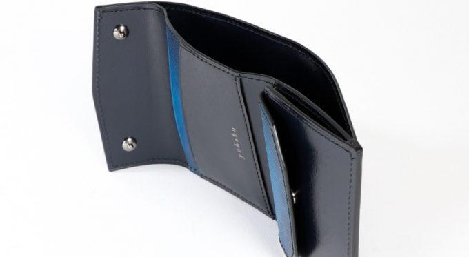 YEV191三つ折りコンパクトウォレットのカードポケットと札入れポケット