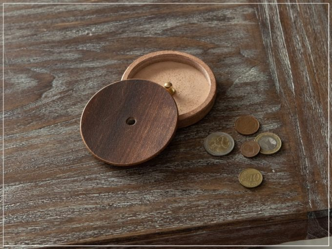Kei Arabuna・丸形小銭入れ「丸形小銭入れ(Round Coin Case)」