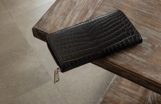 ナイルクロコダイルラウンドジップ長財布(ブラックカラー)