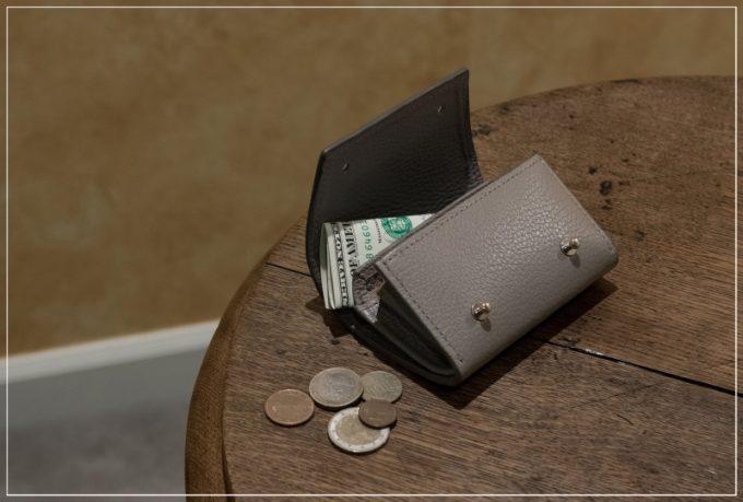 MASAMI TANAKA(マサミタナカ)アドリアレザーミニ財布