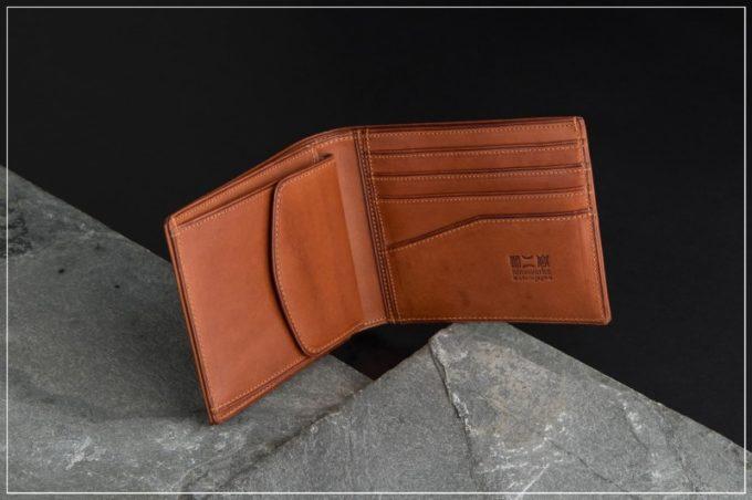 二宮五郎(にのみやごろう)商店ミネルバOVシリーズの革財布