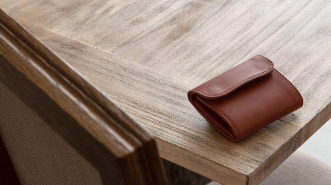 コンパクトでキャッシュレス社会に最適なWホック&Wステッチミニ財布(S)