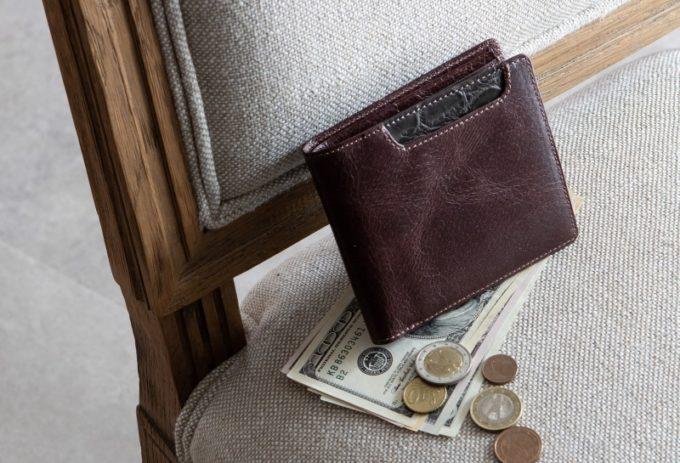 バガート(Baggart)・ラセッテー鞣しピッグスキン×クロコダイル二つ折り財布