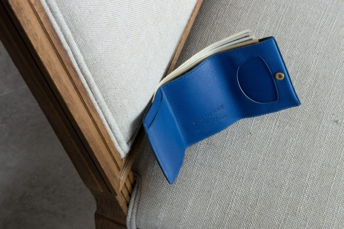 三つ折り財布(ブルー)
